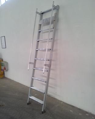 scala corrimano - piastra di fissaggio